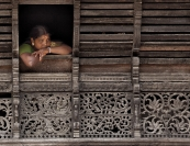 Lucie Loane  Kerala Temple Lady Credit