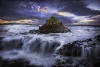Glen  Parker  Dunce  Hat  Island - Credit