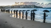 barbara_lake_bondi_brolly_line