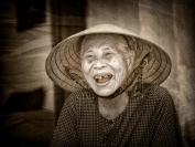 les_atkins_old_vietnamese_lady_1-jpg
