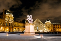 online-12-chris_chau_the-louvre