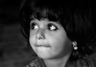 Credit_Jim_Millar_Young_Girl_Oman_1